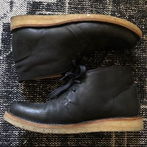 Frye Boots Philip Crepe Chukka